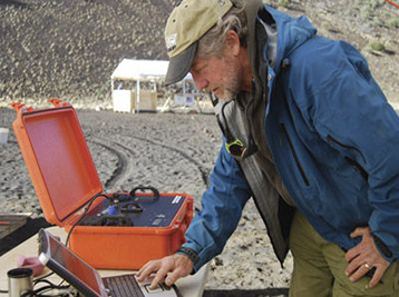 TERRA portable XRD for in-field mineralogy