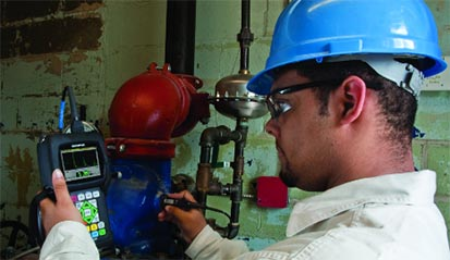 38DL PLUS per l'ispezione della corrosione