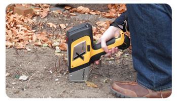 ハンドヘルド(携帯型)蛍光X線分析計DELTAで土壌を測定