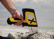 Delta Handheld XRF testing ore