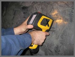 DELTA Handheld XRF for mining and mineral exploration grade control